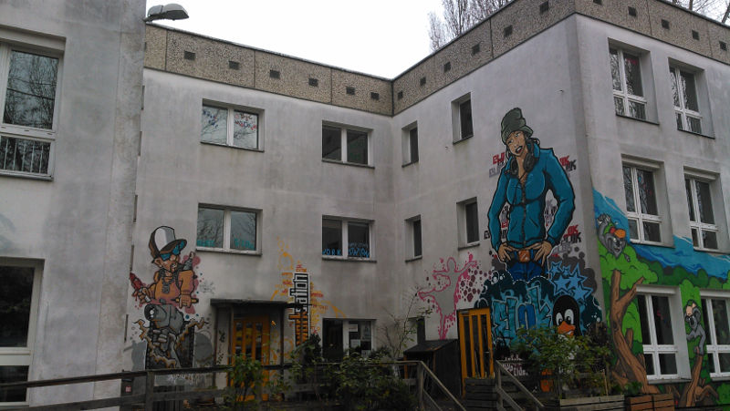 Entrance area of the youth-club E-LOK in Berlin